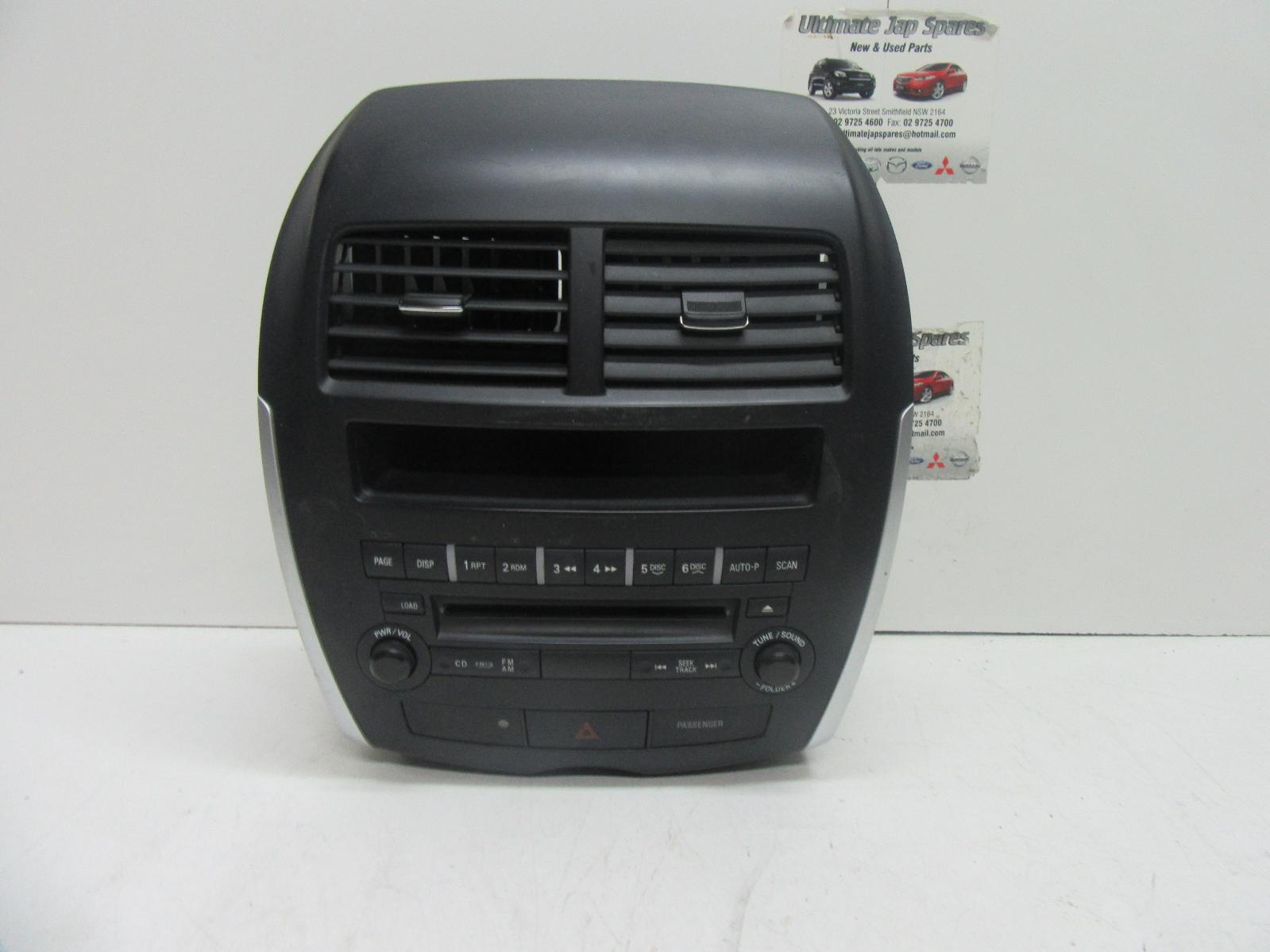 mitsubishi asx radio cd player cd stacker 6 disc in dash. Black Bedroom Furniture Sets. Home Design Ideas